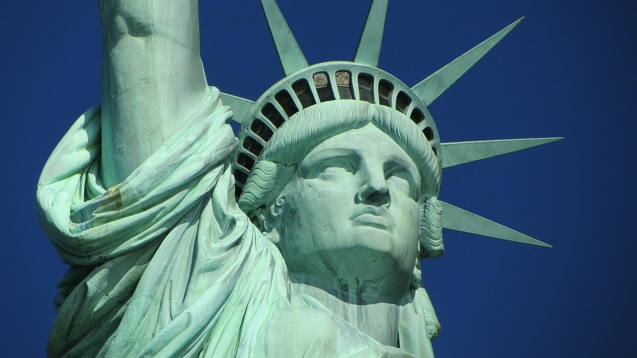 Wakacyjne wyjazdy dla studentów do Stanów Zjednoczonych